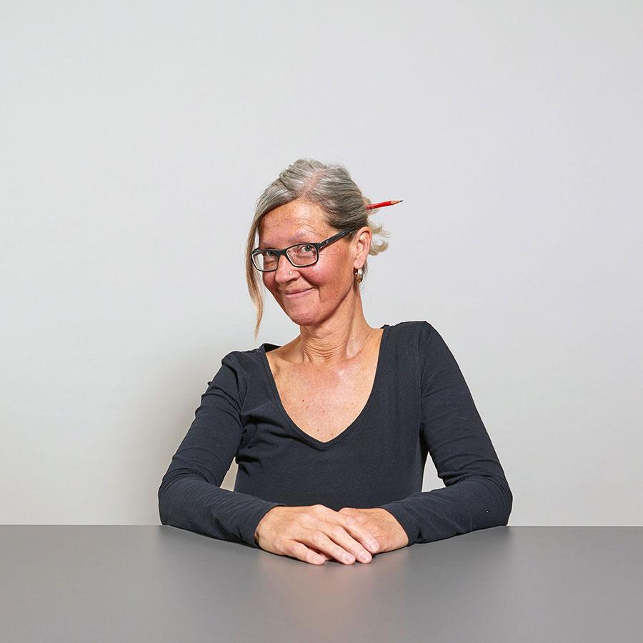 Barbara Binder, Mitarbeiterin in der Administration der Schreinerei Eigenmann AG