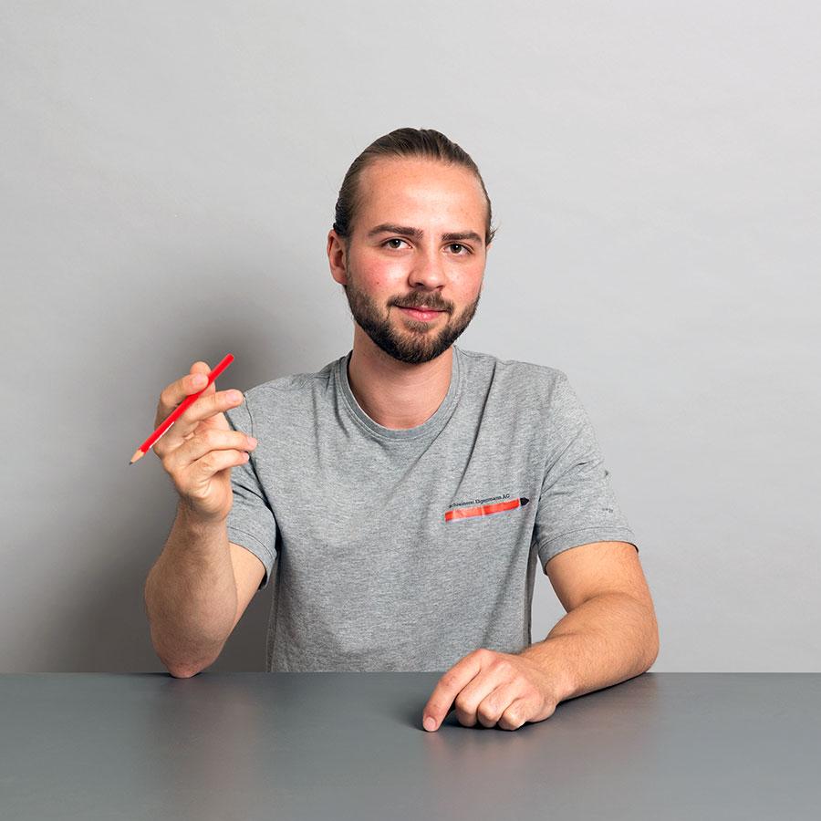 Felix Haufe, Schreiner und Berufsbildner der Schreinerei Eigenmann