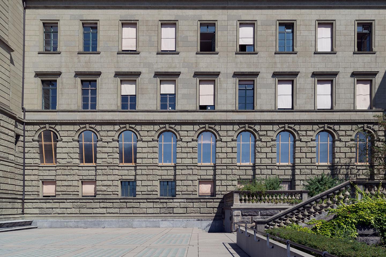 ETH Zürich - Pilotprojekt: Kozeptentwicklung und gesamtheitliche Sanierung der historischen Fenster des Hauptgebäudes der Eidgenössischen Technischen Hochschule Zürich. Architekten: Semper & Gull.