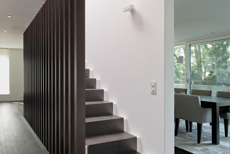 Innenausbau und individueller Möbelbau sind Spezialgebiete der Schweizer Schreinerei Eigenmann AG mit Sitz am Zürichsee