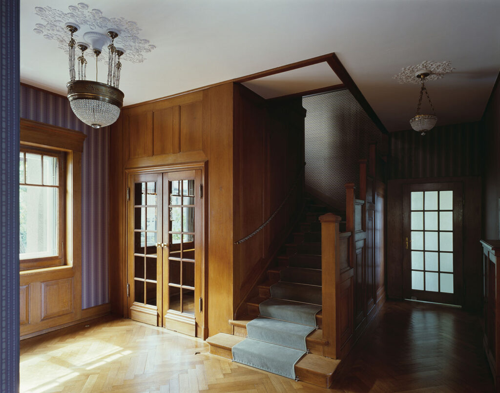 Massivholz-Arbeiten in der Villa Schönberg, Schweiz, durch die Schreinerei Eigenmann