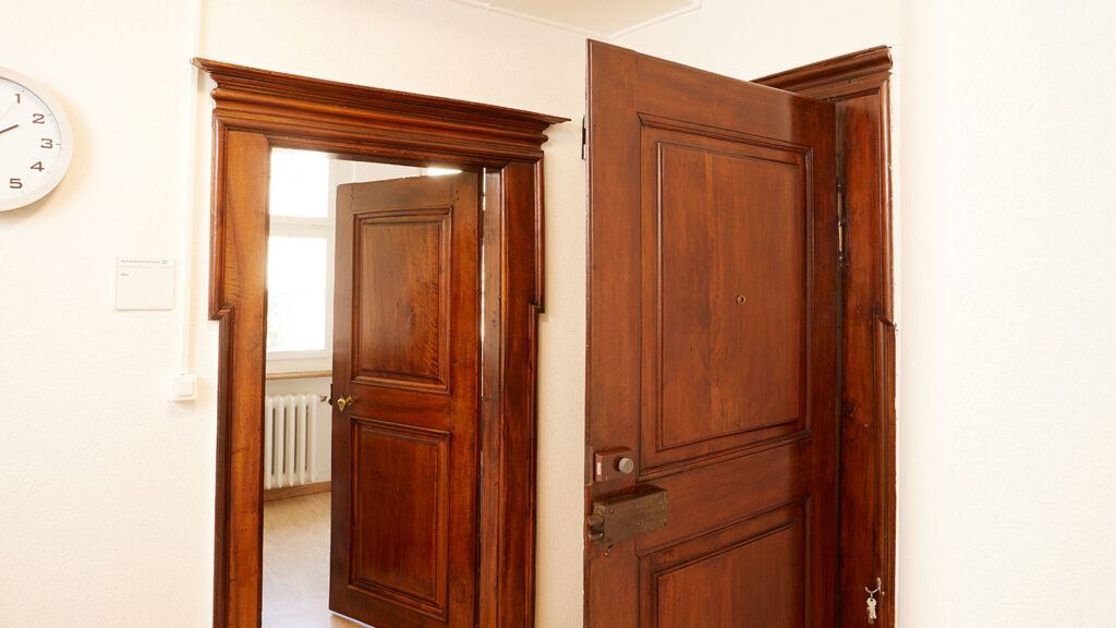 Sanierung Holztür, Innentür aus Holz, Pflege, Schreinerei Eigenmann